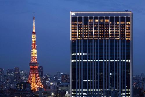 東京メトロ日比谷線神谷町駅に直結する、高さ約180mの「神谷町トラストタワー」上層階に入る(写真:森トラスト)