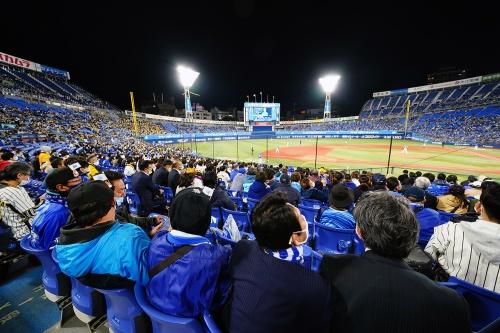横浜スタジアムにおける技術実証当日(2020年10月30日、以下同)。同スタジアムは、21年の五輪開催時には野球・ソフトボール競技の会場となる。感染症対策の知見を得るため、率先して実証に取り組んだ(写真:横浜DeNAベイスターズ)