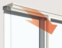 内窓の上枠にある換気口から、室温に近い温度の空気が屋内に流れ込む(資料:三協立山)