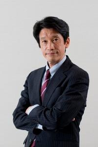 ダークトレース・ジャパン<br>カントリーマネージャー<br>鈴木 真氏