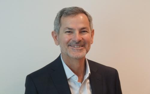 米オラクル データベース・システム・テクノロジー担当エグゼクティブ・バイスプレジデントのホアン・ロアイザ氏