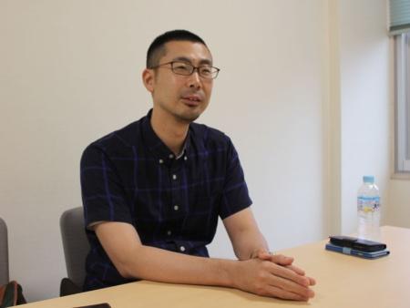日本将棋連盟のプロ棋士遠山雄亮五段
