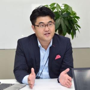 WEIC代表取締役社長CEOの内山雄輝氏