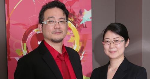 上島千鶴氏(Nexal代表取締役、右)と熊村剛輔氏(アドビ システムズ マーケットディベロップメントエンジニア)