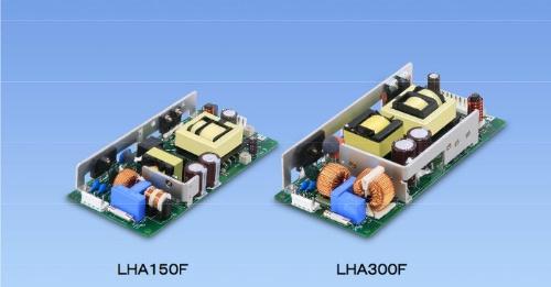 体積を最大49%削減した単一出力のスイッチング電源。コーセルの写真
